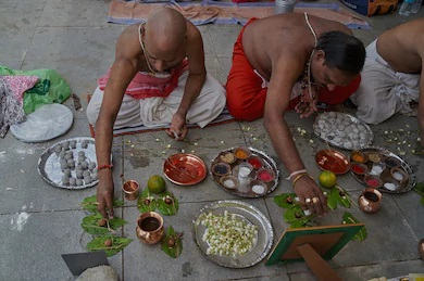 Pitra Paksha 2020: What is Shradh? And how to get blessings of ancestors in Pitra Paksha.